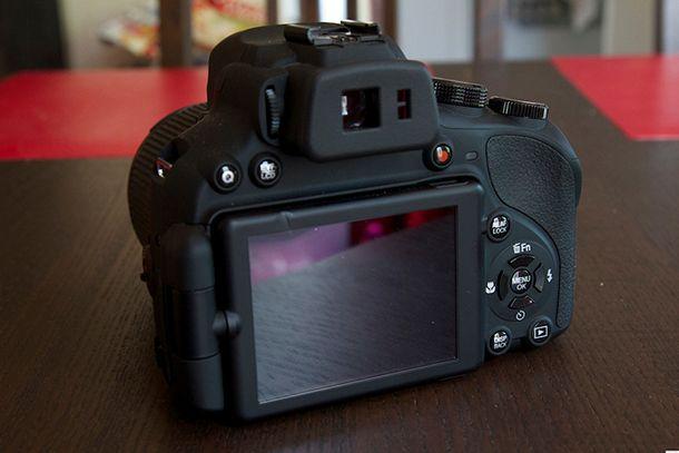 Fujifilm Finepix HS50 EXR de dos