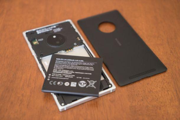 Nokia_Lumia_830-2