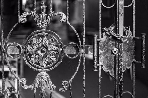 locked-00289