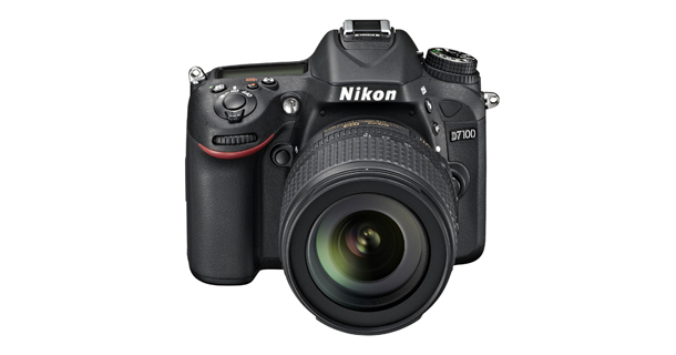 Nikon D7100 front-top